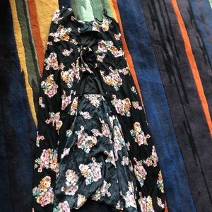 Dresses & Skirts - Wrap dress